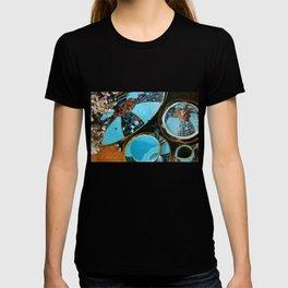 Majolica and Hydrangea T-shirt