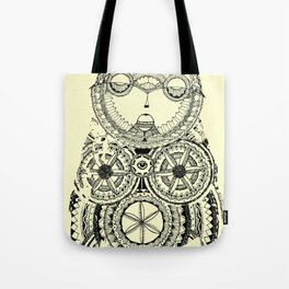 A wise old owl sat on an oak Tote Bag