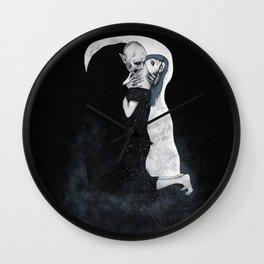 The (Eternal) Kiss Wall Clock