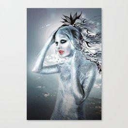 SHE ALIEN Canvas Print