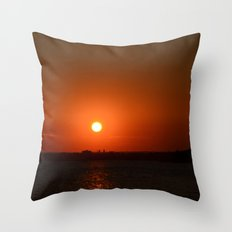 A Sunset With Lady Liberty Throw Pillow