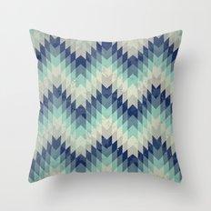 Chevron pattern_Blue Throw Pillow