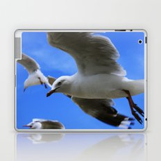 Gulliver again Laptop & iPad Skin