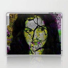 Hathaway grunge Laptop & iPad Skin