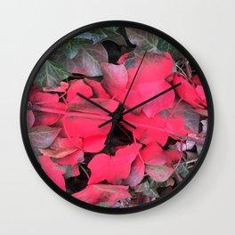 NVSV SPCS_magenta ivy Wall Clock