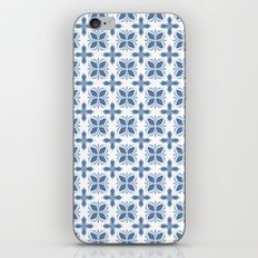 Damask pattern design in blue iPhone Skin