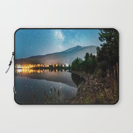 Grainy Nighttime Tones // Lake View Fuzzy Lens Photograph Beautiful Landscape with Mountains Laptop Sleeve