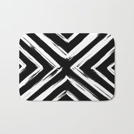 Minimalistic Black and White Paint Brush Triangle Diamond Pattern Bath Mat