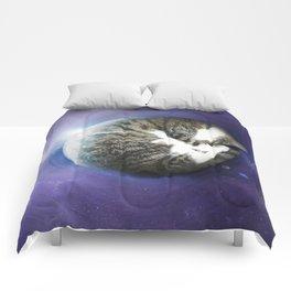 The Sleeping Cat Comforters