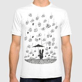 I'm only happy when it rains (skulls) T-shirt