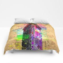 Flatiron Building NYC Grunge Comforters