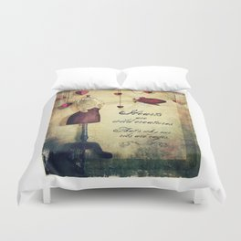 hearts are wild creatures Duvet Cover