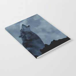 Wolf howling at full moon Notebook