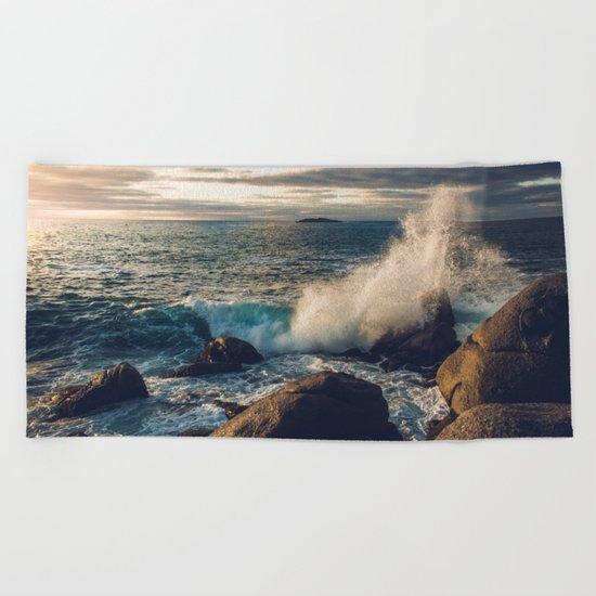 Perfect Wavebreak Beach Towel