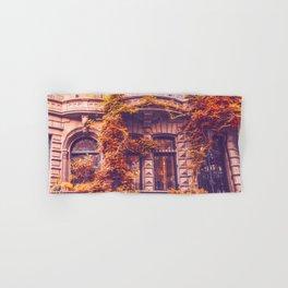 Dressed Up in Autumn - New York City Brownstones Hand & Bath Towel