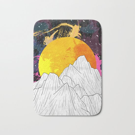 Cosmos Mounts Bath Mat