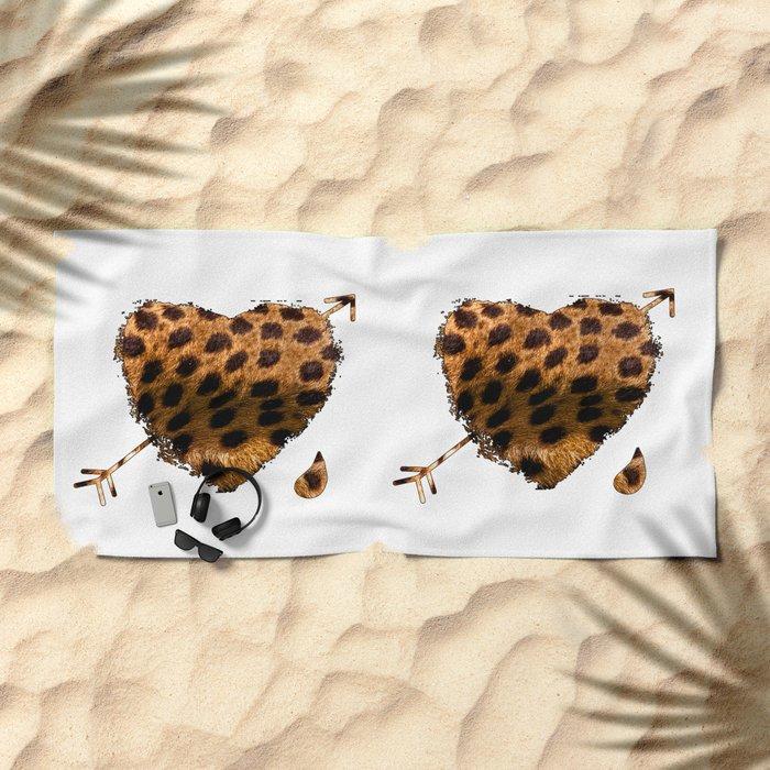 CHEETING HEART Beach Towel