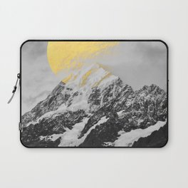 Moon dust mountains Laptop Sleeve