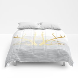 368 6 Gold Antlers on White and Gray Comforters