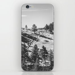 Boulder Colorado Park, Green Field, Path, Black & White (Chautauqua State Park) iPhone Skin