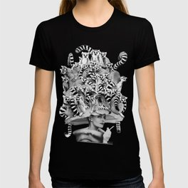 Her Ring-tailed Lemur Hat T-shirt