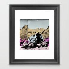 Audrey Hepburn à la montagne Framed Art Print
