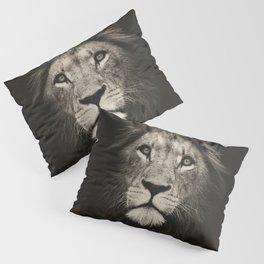 Portrait of a lion king - monochrome photography illustration Pillow Sham