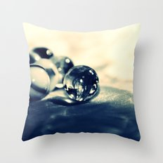 GLASKUGELN - CROSS/PROCESS Throw Pillow