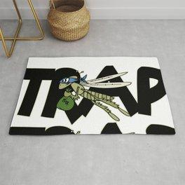 Trap Grasshopper Rug