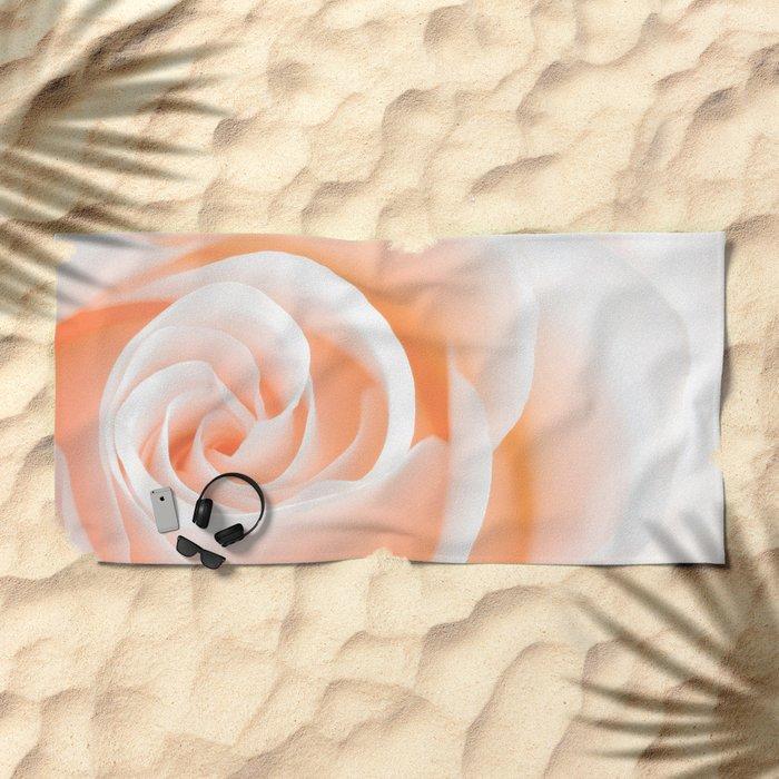 Rose´s heart I- Beautiful roses flower in pink Beach Towel