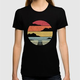 Off Road Print. Retro Style 4X4 Graphic T-shirt