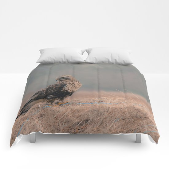Feathered Wanderer Comforters