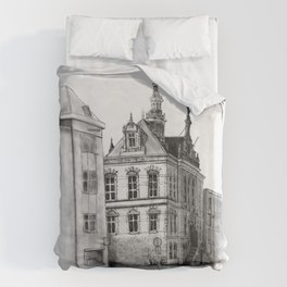 Old building on the Amstel Amsterdam Duvet Cover