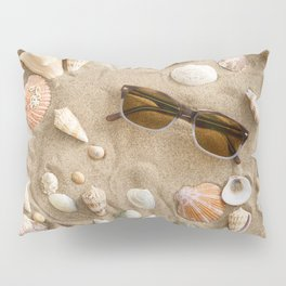 Mussels in the sand Pillow Sham