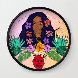Viva la mujer Wall Clock