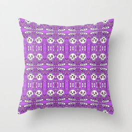 startled skulls in love purple / pink doodle Throw Pillow