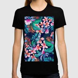 Hawaiian Floral Pattern T-shirt