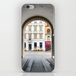 Streetart iPhone Skin
