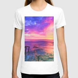 Sunset in Paradise (Color) T-shirt