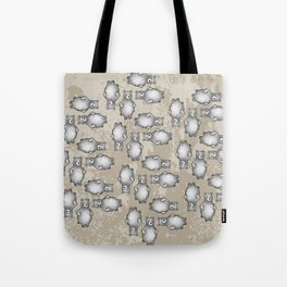 grizzly bear in foliage Tote Bag