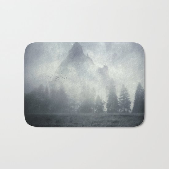 guardians of lonely mountain Bath Mat