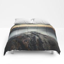 I´m a collider Comforters