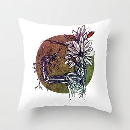 Bouquet de Nerfs Throw Pillow