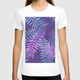 Violet pink palm leaves pattern Design #leaves T-shirt