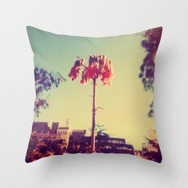Strange beauty Throw Pillow