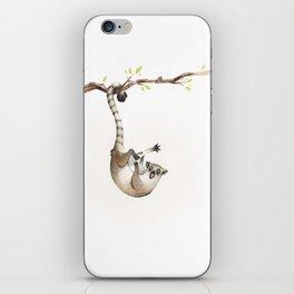 Maki catta iPhone Skin