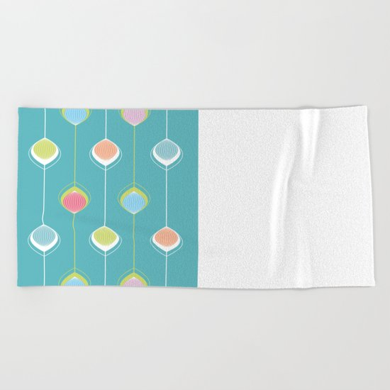 Lampions - Chain Beach Towel