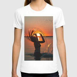 Water and sunset in the backlight T-shirt