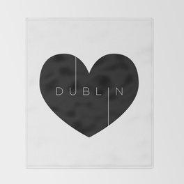 I left my heart in Dublin Throw Blanket