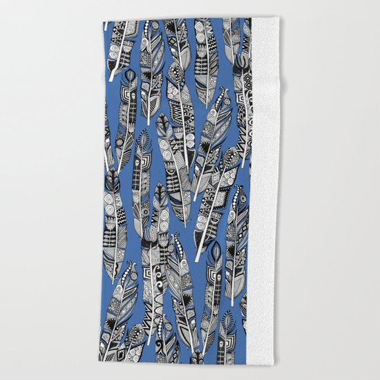 geo feathers blue Beach Towel